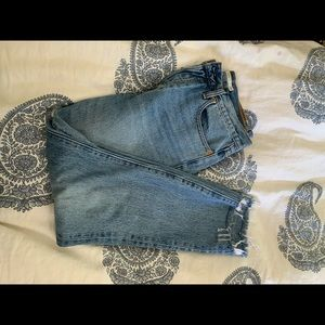 Gorgeous light wash Levi's- Size 29